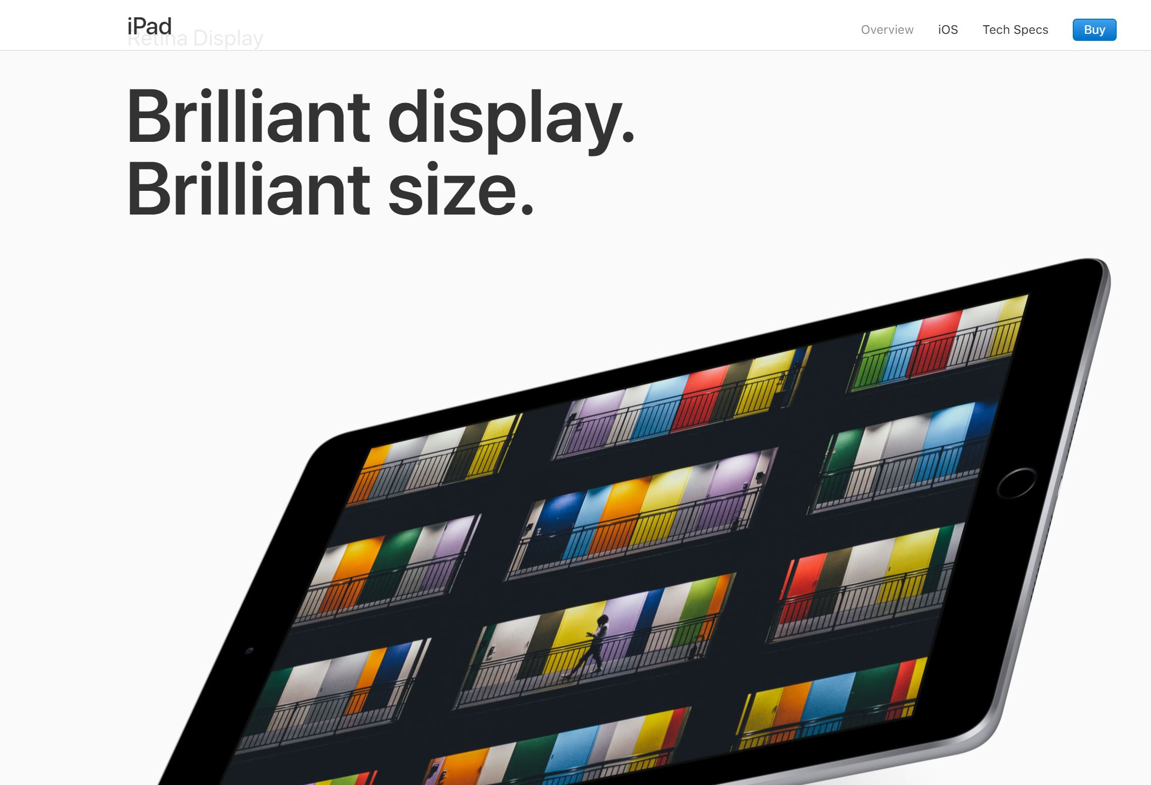 e-commerce product visuals trends: Apple layout with baseline and big pictures
